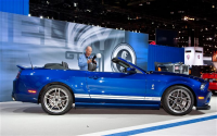 2013-Ford-Shelby-GT500-Convertible-side 1.jpg